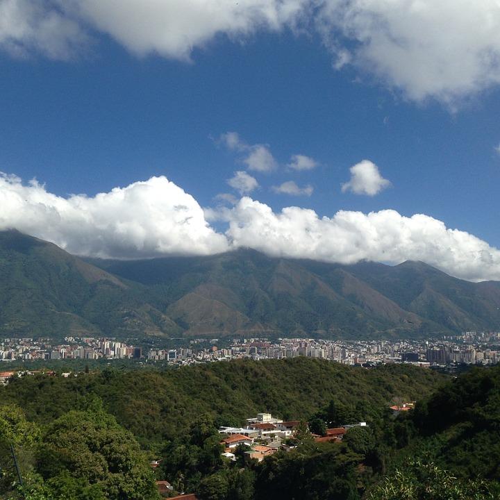 Bröllop på herrgård och smekmånad i Caracas